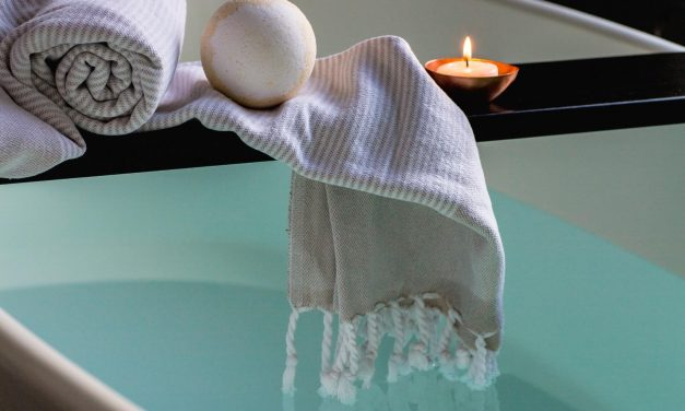 8 Best spa bath pillows for a luxurious bath experience